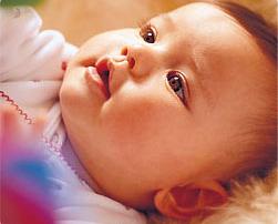 Бебето-на-четири-месеца