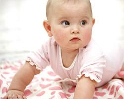 Бебето-на-шест-месеца